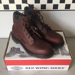 Red Wing Shoes NWT NEW NIB Boots 8B   8 B 606